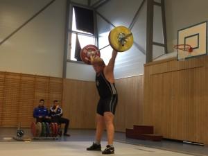 Dagens beste ungdom, Johannes Johansen rykker 105kg. Foto: Rebecca Tiffin